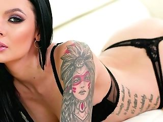 Canadian Bombshell Marley Brinx Attempts To Cope With Two Thick Stiffys
