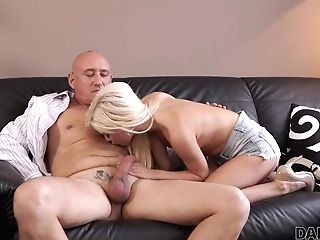 Daddy4k. Nosey Blonde Wished To Attempt Hump With Experienced..