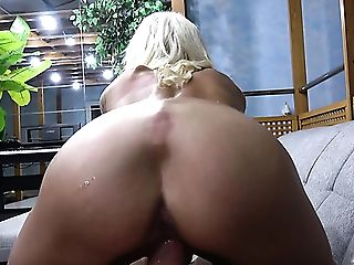 Versatile And Bitchy Pro Sophie Logan Wanna Get Her Shaven Cunt Fucked