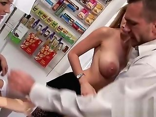 Huge-titted Step Mom Cindy Behr, Paige Ashley Needs Brutal Threesome