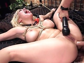 Cristi Ann  Seth Gamble In Hot Producer Attempts To Fuck Over Rapper And Gets Fucked In The Bootie - Sexandsubmission