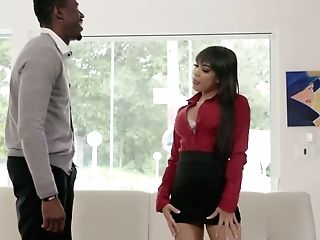 Juggy Puerto Rican Stunner Gia Milana Goes Black For The Very First Time