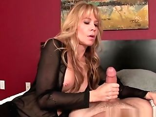 Huge-chested Mummy Jerking Dick While In Highheels