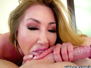 Kianna Dior & Jonni Darkko In Asian Cougar Model's Dirty Bj/tit Fuck - Evilangel