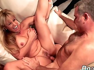 Matures Wifey Blows A Dude And Fucks Him In Front Of Her Junior Hubby