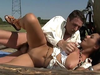Voluptuous Chic Got A Rough Fucking Outdoors At A Ranch