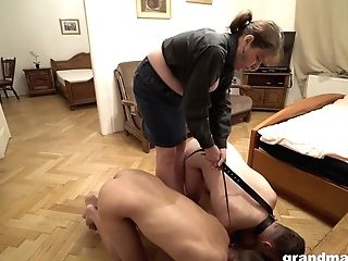 Old Mistress Agatha Is Fucked By Two Subjugated Boys On A Leash