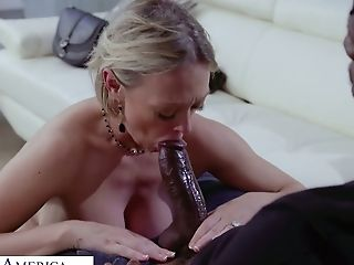 Awesome Giant Bottomed Milky Cowgirl Dee Williams Rails Fat Lengthy Big Black Cock